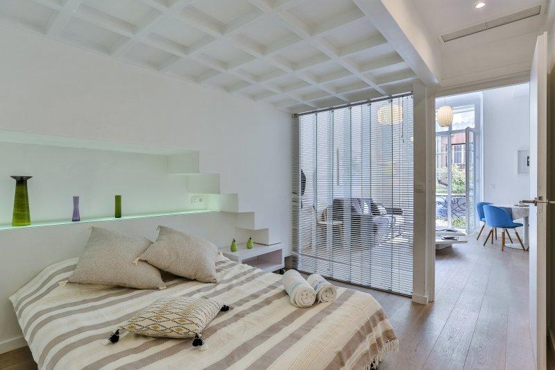 LIBERTÉ · Duplex avec 3 chambres - Zone piétonne - Clim