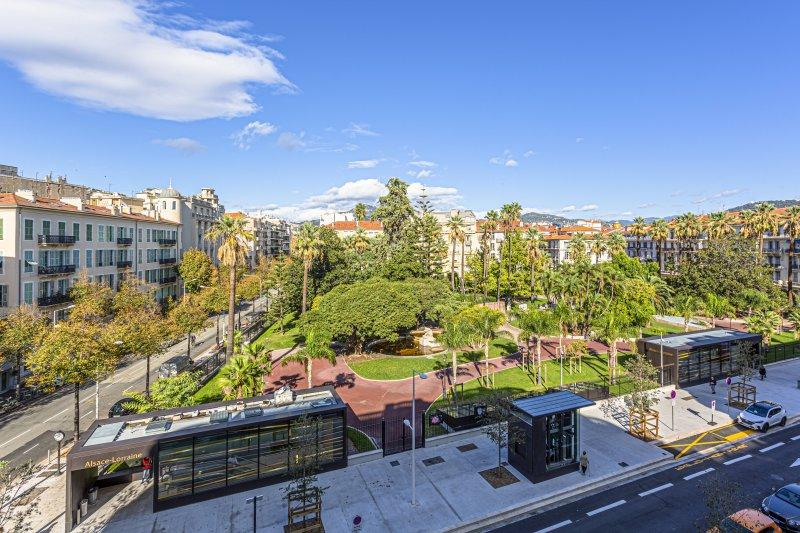 VICTOR HUGO · Magnifique Appartement - Vue dégagée sur jardin