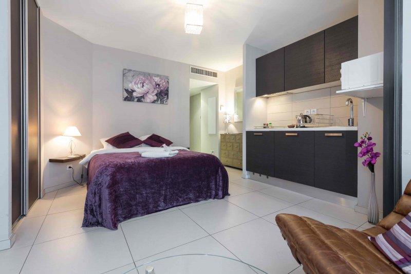 DURANTE · Super studio proche Avenue Jean Médecin