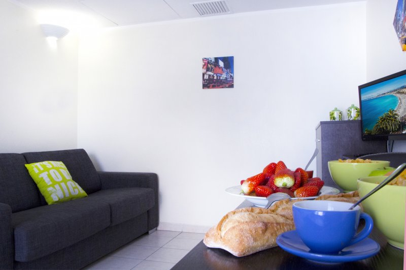 MAGNAN 509 · APPARTEMENT PROCHE MER - PARKING - PISCINE - 509