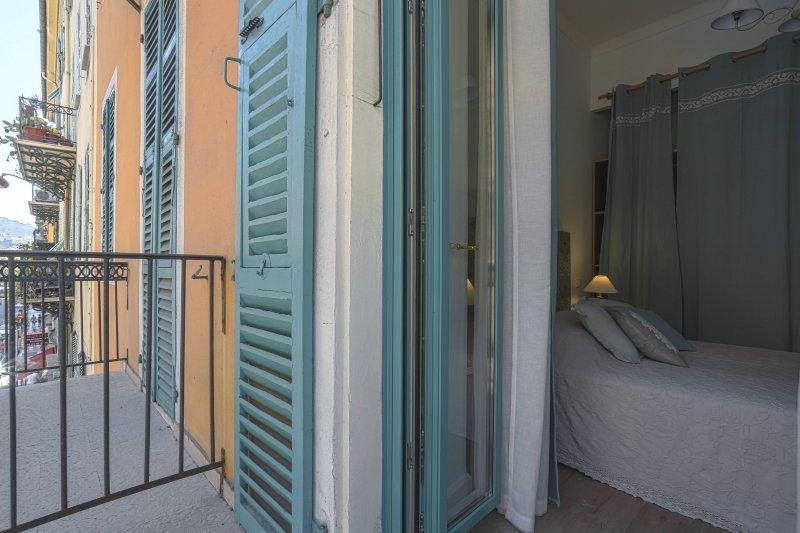 Superbe 2 pcs tout neuf - Balcon - Le Port