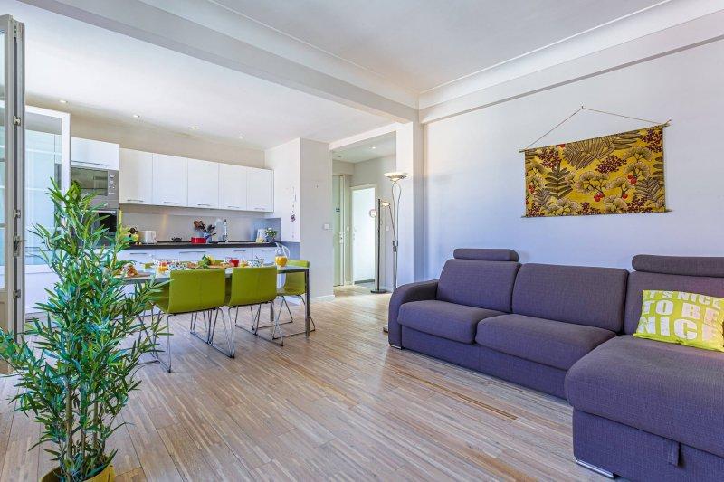 BERLIOZ 1 · Beau 2 pièces - Dernier étage - Centre ville