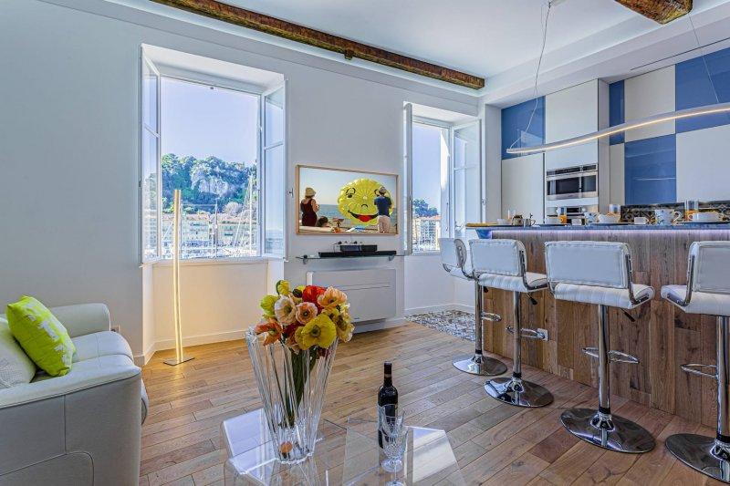 STALINGRAD · Superbe appartement - Vue sur le Port